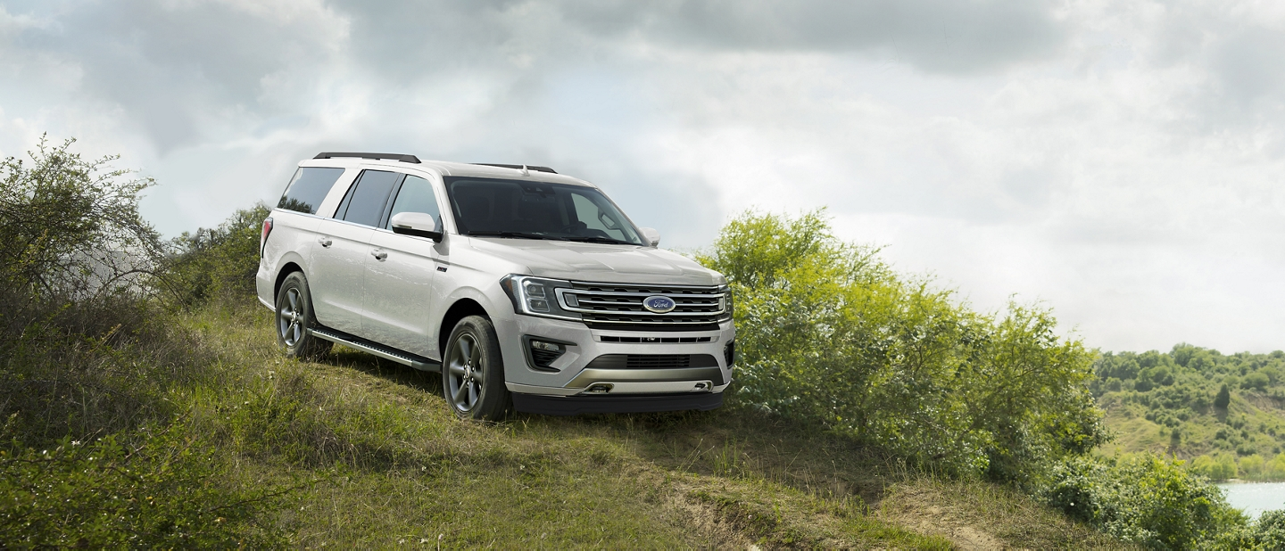 2021 Ford Expedition with Hill Start Assist and Hill Descent Control
