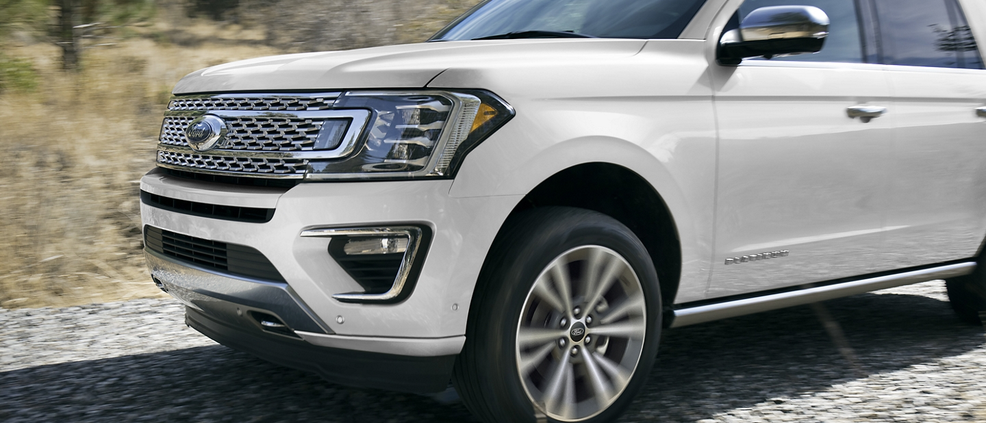 2021 Ford Expedition Platinum with standard continuously controlled damping